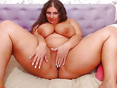 Chubby Cam Gal with Enormous Tits Juggling (no sound)
