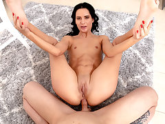 Teenage black-haired highly very first anal invasion hump